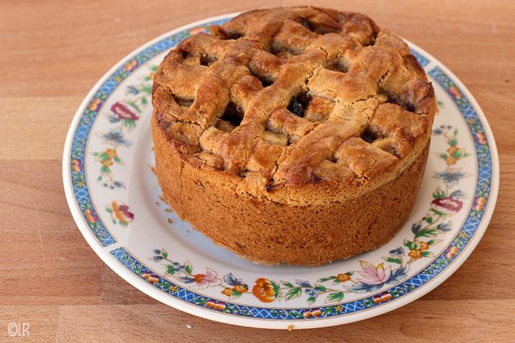 Mini appeltaart met een doorsnee van slechts 12 cm.
